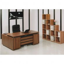 میز مدیریتی کد 002