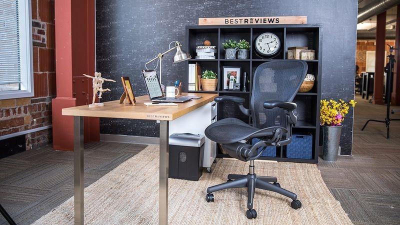 بهترین صندلی های پشت میز نشینی برای کار در خانه