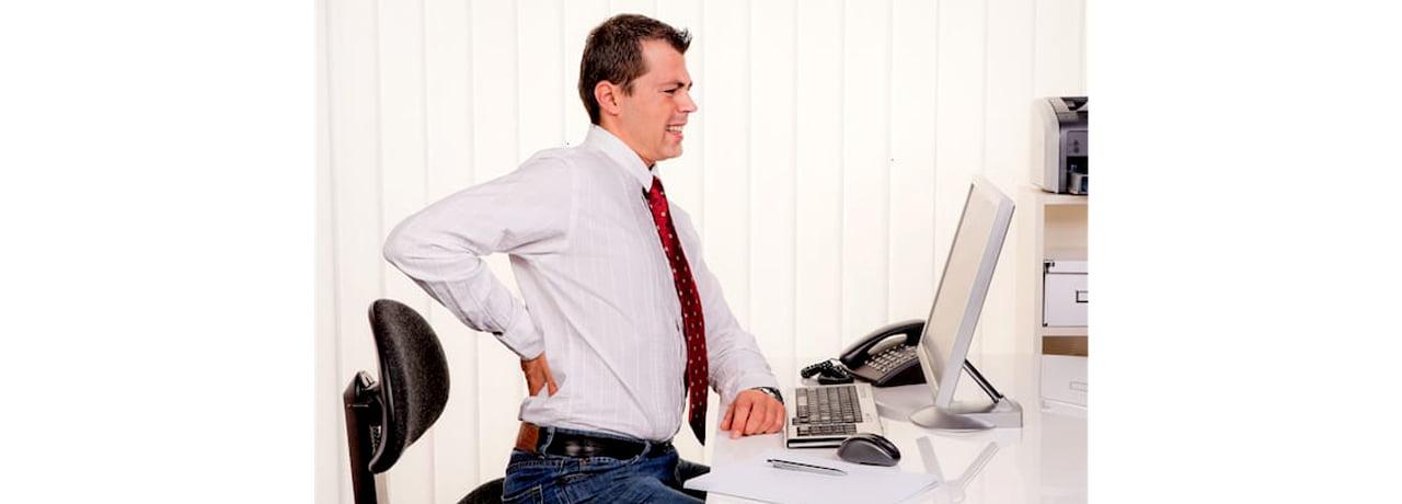 5 روش برای کاهش درد کمر ناشی از نشستن طولانی مدت